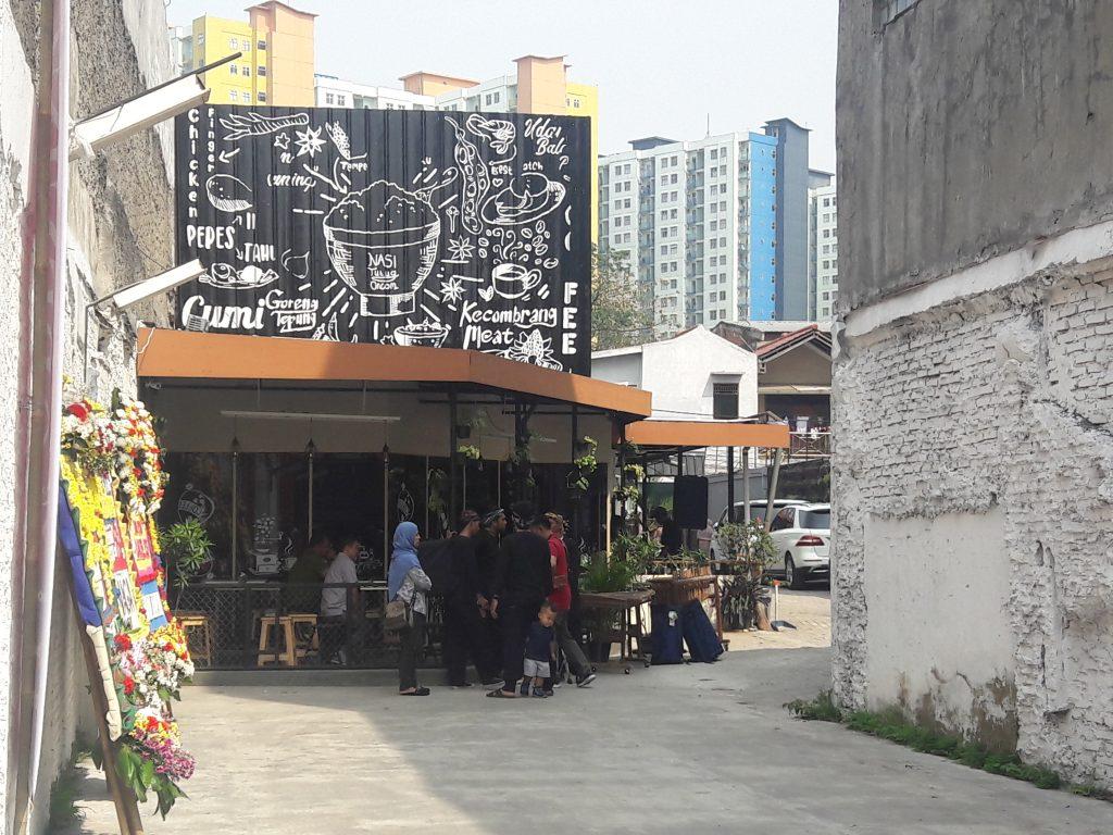 lokasi makan di Bakoel Ussy menu