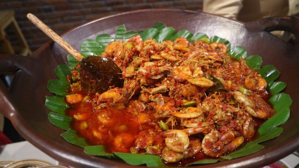 makan di Bakoel Ussy menu udang pete