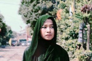 bagaimana cara perawatan rambut hijab rejoice