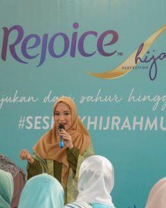 perawatan rambut hijab rejoice
